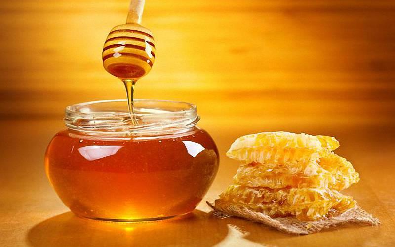 蜂蜜好處多卻不能亂吃,別拿蜂蜜餵食未滿1歲的嬰兒