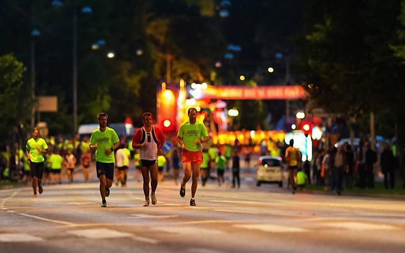 地表散熱+溼氣,夜跑中暑風險恐高於晨跑