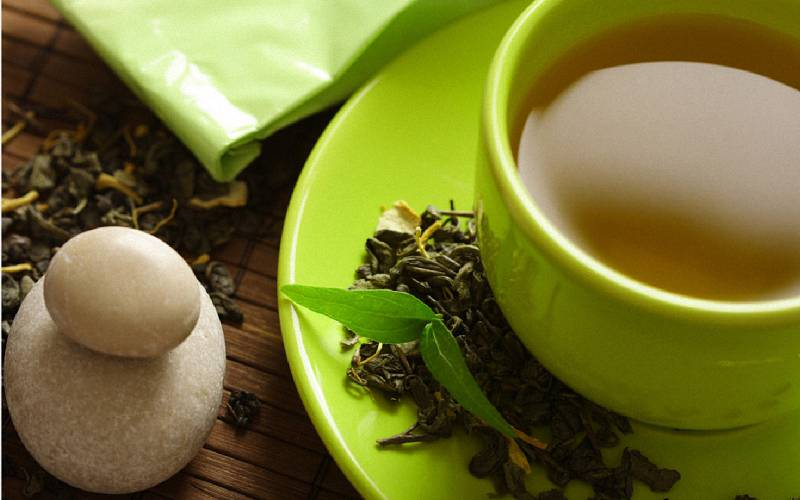 喝茶禁忌!喝茶時別和這些一起食用